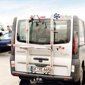 Portabicicletas aluminio FIAMMA Opel Vivaro y Renault Trafic con portón trasero